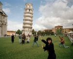 martin-parr-leaning-tower-pisa-tourists-1990